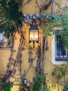 apliques en patios andaluces